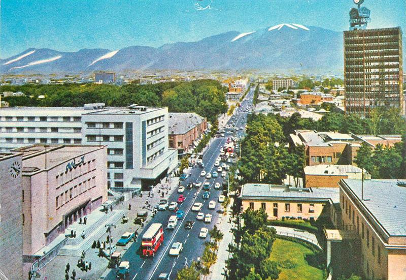 La rue Ferdowsi, années 60?