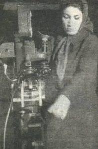 Forough Farrokhzad, également réalisatrice de film.