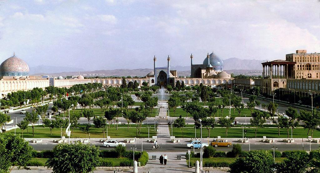 Place de l'imâm Khomeiny (ou place Naghsh-e Jahan) en 2007.